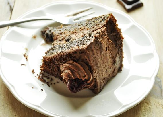 Tort makowo- czekoladowy z wiśniami
