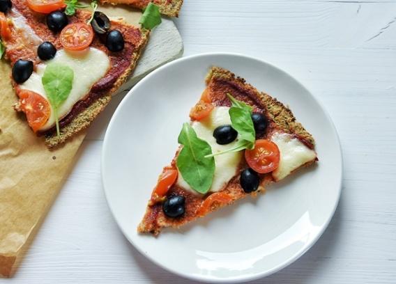Pizza z kalafiora (bez drożdży)